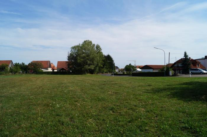 Blick über den Bauplatz hinweg nach Osten